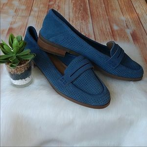 Blue lucky brand Loafers super cute